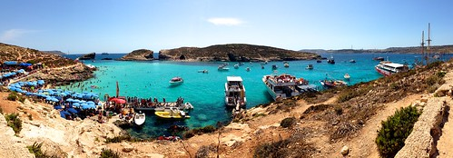 Arrived at Comino.