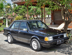 Ford Laser (Everyone Sinks Starco (using album)) Tags: ford fordlaser mobil car automobile otomotif