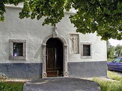 Hum, Aleja glagoljaev (Vid Pogacnik) Tags: istra istria croatia hrvatska hum alejaglagoljaev house building