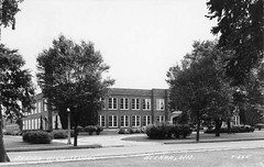 P-60-S-135 (neenahhistoricalsociety) Tags: seniorhighschool highschool neenahhighschool shattuck