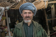 Portrait in Afghanistan (ReinierVanOorsouw) Tags: travelphotography travelling travels wanderlust explore experience reizen reiniervanoorsouw reiniernothere reisfotografie sonya7r sonya7rii sony centralasia asia azi azië centraalazië afghanistan afeganistão afganistán afghan afganistan afghanpeople afganisztán