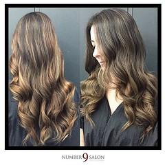 "Stylist, Amanda G. used highlights and lowlights to achieve this beautiful, dimensional balayage! @thehaircolorexpert #balayage #hair • <a style=""font-size:0.8em;"" href=""http://www.flickr.com/photos/41394475@N04/31142535542/"" target=""_blank"">View on Flickr</a>"