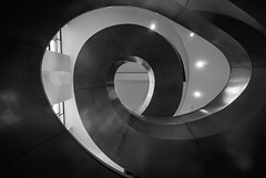Q-Eye (Mr.MinuteMan) Tags: london euston kingscross spiral spiralstairs wellcomemuseum zeisslens sonya6300 zeisstouit12mm