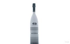 Bottle of wine. (Alex-de-Haas) Tags: bottle fles product productphotography productfotografie reflection relatiegeschenk relfectie stilllife stilleven white whitebackground wijnfles wine winebottle wit witteachtergrond