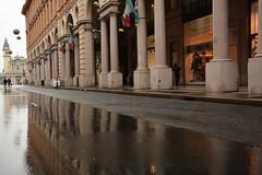 Via Roma. (sinetempore) Tags: viaroma torino turin piazzasancarlo bagnato pioggia rain portici riflesso reflection