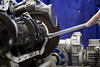 TP montage moteur (MINES_ParisTech) Tags: renault clio mécanique moteur montage atelier pièce cours tp étudiant pratique