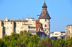 Boekarest, stadszicht nabij het paleis van Nicolae Ceaușescu, Roemenië 2016 (wally nelemans) Tags: bucurești boekarest stadszicht 2016 romania roemenië