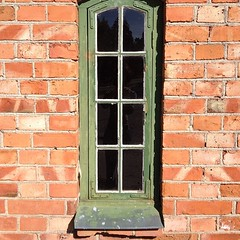 Windows (Tinus Dehabe) Tags: old windows house sweden fönster sodertalje torekällberget uploaded:by=instagram