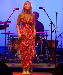 Carolin No 03 (barefootmusicians) Tags: musician feet stage performance barefoot singer performs