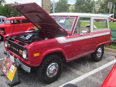 1977 Ford Bronco (splattergraphics) Tags: ford 4x4 bronco suv 1977 carshow cockeysvillemd herefordzonecarshow