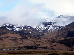 Mrdalsjkull Glacier as seen from Route 1 on March 31st, 2012 (travelibrary) Tags: island volcano iceland glacier mrdalsjkull