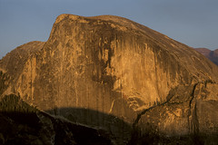 Half Dome from North Dome, Yosemite National Park CA (arbabi) Tags: california light sunset usa rock america landscape golden yosemite lincoln granite halfdome yosemitenationalpark sierranevada nationalparks yosemitevalley northdome mariposacounty seanarbabi graniteface nationalparkphotography tissiack yosemitegrantact