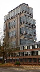 Muirhead Tower, Birmingham (Twizzer88) Tags: uk greatbritain england tower architecture campus concrete birmingham university unitedkingdom britain modernism uni westmidlands brutalism modernist brutalist birminghamuk universityofbirmingham universitycampus