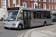 RATP . Epsom Buses ( H R Richmond ) . Epsom , Surrey . EB06 ( OP16 ) E6 HRR ( ex YN53SVL ) . Epsom Town Centre , Surrey . Saturday 16th-August-2014 . (AndrewHA's) Tags: bus silver surrey route solo service epsom circular ratp stoneleigh e16 optare eb06 epsombuses m850 op16 yn53svl e6hrr