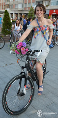 13 August 2014 » Fustițe pe bicicletă