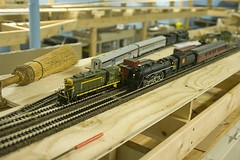 4803 and 6213 (Stephen Gardiner) Tags: ontario pentax trains 187 railways barrie modelrailroad 2014 hoscale 1645 k20d ruffetcentral
