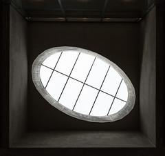 Caged - Wien - Vienna (Gerhard R.) Tags: vienna wien architecture u2 arquitectura architektur modernarchitecture modernearchitektur