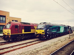 DBS 67024 & DRS 68002 York Engineers Sidings 14-09-2014 (Elliott DW) Tags: york deutschebahn dbs drs 67024 68002