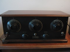 Freshman Masterpiece (charlie4881) Tags: old 1920s radio antique tube vacume