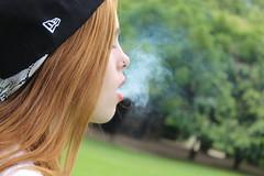 Girl 6 (loretrolface) Tags: girl beautiful cool foto photographer smoke cap shooting gorra artistica humo sesiondefotos fotopropia