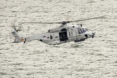 NHI NH-90 NFH N-233 Netherlands - Air Force (Wesly van Batenburg) Tags: haven netherlands force pentax aviation air helicopter wereld euromast k5 dagen nhi nh90 nfh sigma150500oshsm n233 pentaxk5 weslyvb weslyvanbatenburg