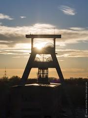 Zeche Ewald 1 (photodesignette) Tags: frderturm zeche zecheewald herten sonnenuntergang gegenlicht