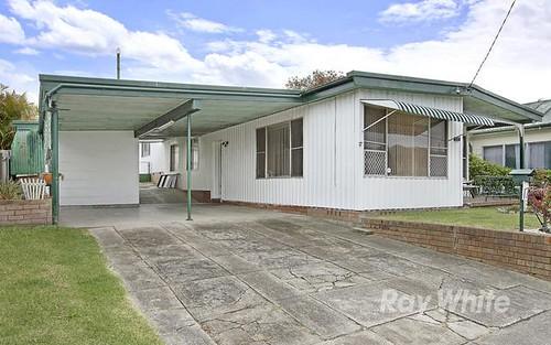 17 Prince Street, Fennell Bay NSW 2283