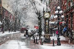Glorious Gastown  Vancouver, BC (Michael Thornquist) Tags: gastown steamclock waterstreet umbrella snow blizzard flurry cobblestone road vancouverphotos vancouver britishcolumbia dailyhivevan vancitybuzz vancouverisawesome veryvancouver 604now photos604 explorecanada ilovebc vancouverbc vancouvercanada vancity pacificnorthwest pnw metrovancouver gvrd canada