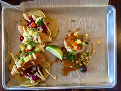 pescadito frito tacos, cabbage, pickled pineapple peppers, salsa chola (frodnesor) Tags: cholosoycocina mexican tacos westpalmbeach clayjames