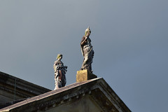 Stourhead statues (stevekeiretsu) Tags: uk england wiltshire stourhead sculpture