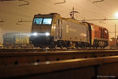DB CARGO ITALIA - TORINO ORBASSANO (Giovanni Grasso 71) Tags: e483 e185 e186 e436 36000 traxx alstom aristide bombardier re44 re66 re420 re620 e189 es64f4 siemens db cargo italia sbb cff ffs badoni asti deposito torino orbassano capolago chiasso smistamento ambri piotta nikon d90 d700 d610 giovanni grasso locomotiva elettrica diesel svizzera francia germania lago milano lambrate