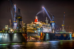 Ein Schiff wird gebaut - Building a new ship (ralfkai41) Tags: cranes night werft nightshot nachtfotografie outdoor lights hdr dock hamburg hafen schiff ship lichter krne nacht harbour shipyard wow