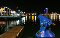 The observer (Yannis Raf) Tags: canoneos70d canon canoneos spain bokeh sigma1750f28 barcelona barceloneta observator night nightphotography nightlights nightshot lowlight reflections water port harbour blue streetphotography travel travelphotography picturesque