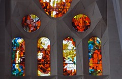Sagrada Familia basilica, Barcelona (JohntheFinn) Tags: church window glass spain europe mediterranean stainedglass catalonia unescoworldheritagesite stained gaudi kirkko sagradafamlia antonigaudi antonigaud ikkuna eurooppa katalonia minorbasilica espanja vlimeri lasimaalaus baslicaitempleexpiatoridelasagradafamlia