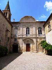 Entre Chateau de Cassaigne court Gers Midi-Pyrnes France (stase-x) Tags: voyage france castle chteau tourisme armagnac patrimoine gers midipyrnes cassaigne