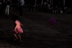 La princesa de Fresa (Javier Vegas (Alias El Vegas)) Tags: street luz streetphotography rosa irene princesa palencia fresa javiervegas javiervegasfotografo