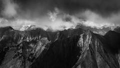 Dark Patterns (DBPhotographe) Tags: bw white david black ski france nature station montagne alpes trek canon dark noir noiretblanc db nb paca lee nuages paysage mont blanc 70200 brouillard hautes chaine ecrins embrun 6d massif randonnée filtres dramatique bouscarle