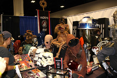 img_3021 (keath kono) Tags: starwars tampabay cosplay artists comiccon cosplayers tampaconventioncenter marksparacio tampabayrays djkitty heather1337 jeniferann tampabaycomiccon2014 rrcosplay bannierabbit shinobi24 raymondthemascot chadtater kristinatwood