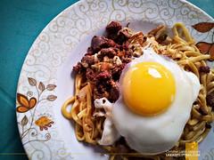 Jonash Pancit Batil Patong (Lakad Pilipinas) Tags: food asia dish philippines noodles local foodtrip quezoncity pancit 2014 carinderia metromanila jonash pancitbatilpatong lakadpilipinas christianlsangoyo