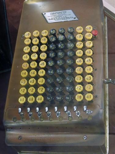 Comptometer