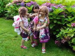 Anne-Moni Setina und Tivi ... (Kindergartenkinder) Tags: dolls annette wasserburg burg tivi hülshoff havixbeck setina himstedt annemoni kindergartenkinder