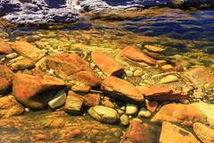 Saltos do Rio Preto - 007 - Corredeiras (JEM02932) Tags: saltosdoriopreto riopreto altoparasodegois chapadadosveadeiros rio pedra rock