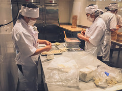 Din Tai Fung Dim Sum making (flrent) Tags: sanjose california tatsunis santaclara dim sum making din tai fung dumplings