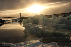 Jökulsárlón (srouve78) Tags: ice glace pont sun bridge reflet islande iceland