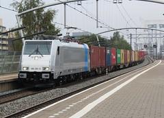 Rurtalbahn 186 292 te Zwijndrecht (erwin66101) Tags: ns rurtalbahn rur tal bahn traxx bombardier locomotief railpool goederentrein goederen trein cargo blerick shuttle blerickshuttle station zwijndrecht