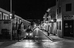 Convergentes (Bho Fotografia) Tags: blancoynegro blackandwhite nikonflickraward nikon nikond3100 night bnw bw streetphotography streetpassionaward noche