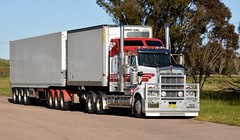 Wickhams (quarterdeck888) Tags: trucks transport semi class8 overtheroad lorry heavyhaulage cartage haulage bigrig jerilderietrucks jerilderietruckphotos nikon d7100 frosty flickr quarterdeck quarterdeckphotos roadtransport highwaytrucks australiantransport australiantrucks aussietrucks heavyvehicle express expressfreight logistics freightmanagement outbacktrucks truckies t909 wickhamfreightlines wickhams bdouble kenworth