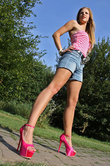 Missy 29 (The Booted Cat) Tags: sexy blonde cute teen girl demin jeans hotpants legs highheels heels sandals