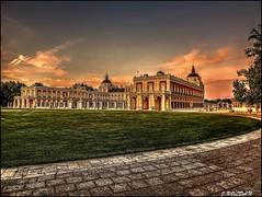 Palacio Real de Aranjuez, Madrid. (Jose Roldan Garcia) Tags: palacio real aranjuez arquitectura colores cielo historia luz atardecer aire madrid rey carlos monarquia independencia