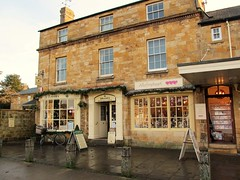 Tisanes Tea Room, Broadway - Happy Window Wednesday take 2! (pefkosmad) Tags: highstreet broadway worcestershire tisanes tearoom teashop cotswolds 17thcentury old building tea coffee cake scones crumpets jam cream butter treat dayout traditional christmas winter afternoon
